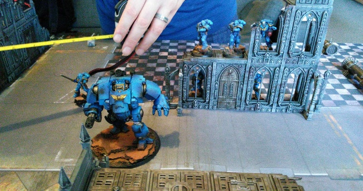 The Ultramarines take up defensive positions
